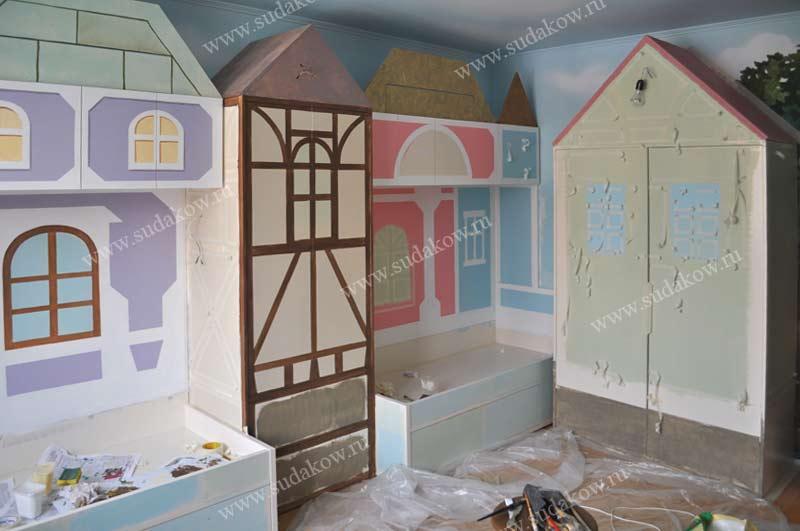 фото росписи детской мебели процесс работы